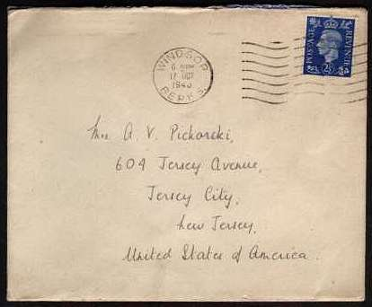 view larger front view of image for 2�d Ultramarine on a BUCKINGHAM PALACE envelope unusually mailed from WINDSOR on 17 OCT 1940 containing a letter thanking a Mrs Pickorski for her letter.