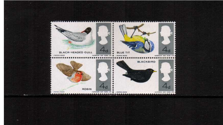 click to see a full size image of stamp with SG number SG 698j-699j