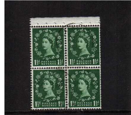 view larger image for SG SB69 (1962) - 1�d Green - Watermark Multiple Crowns.<br/>A complete booklet pane with selvedge showing 'Crowns to Left' when viewed from FRONT and Perf Type AP on margin. Very scare pane to find fine used.